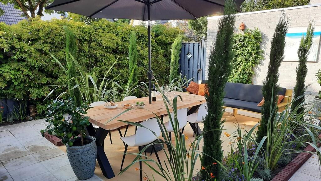 Een echte Italiaanse 'Dolce Vita' tuin in Almere