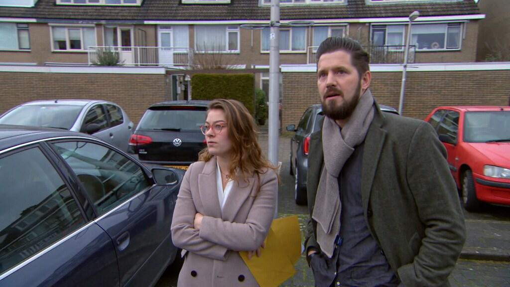 Jurgen en Elise zijn sceptisch tijdens puzzeltocht